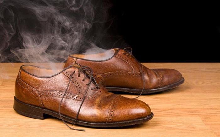 """Không phải chân ai cũng có mùi hôi chân, 2 thói quen sau dễ khiến cho đôi chân """"bốc mùi"""""""