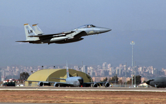 Ác mộng với Mỹ khi Thổ Nhĩ Kỳ dọa đóng cửa căn cứ Incirlik và eo biển Bosphorus