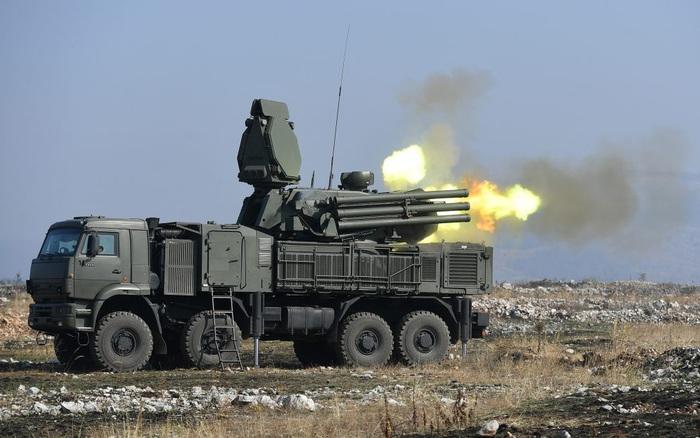 """""""Sát thủ"""" diệt UAV Nga bị tấn công tan xác: Lời cảnh cáo đanh thép từ Israel"""