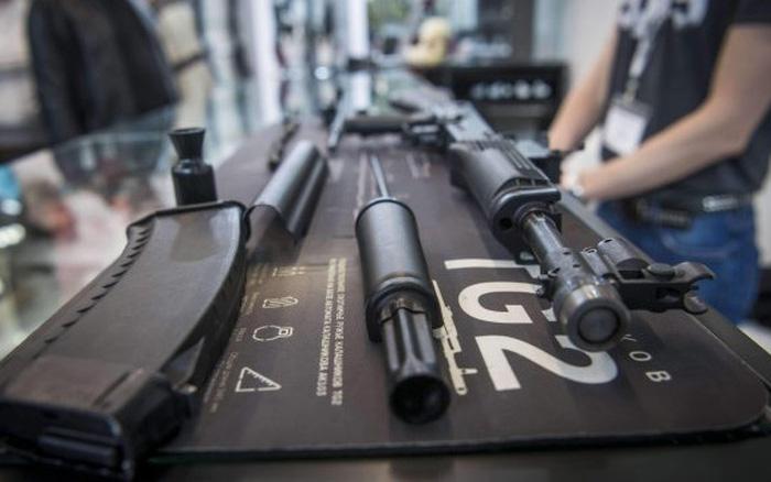 Doanh số bán vũ khí thế giới tăng mạnh, nhà sản xuất Mỹ chiếm 59%