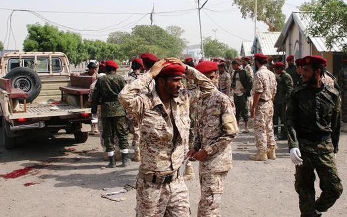 Houthi phóng tên lửa tấn công lễ duyệt binh ở Yemen: Nhiều chỉ huy cao cấp thiệt mạng