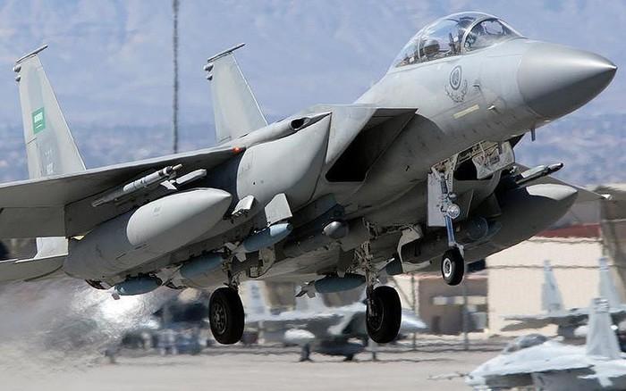 """Iran: Vũ khí của Mỹ có thể làm """"nổ tung"""" Trung Đông"""