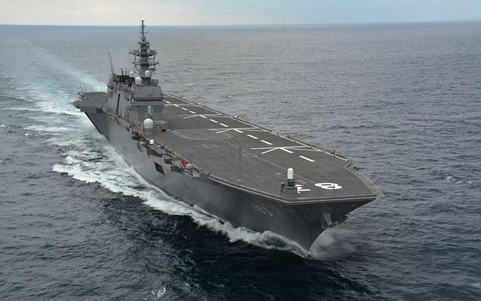 """[ẢNH] Trung Quốc """"giật mình"""" trước siêu tàu sân bay 60.000 tấn của Nhật Bản"""