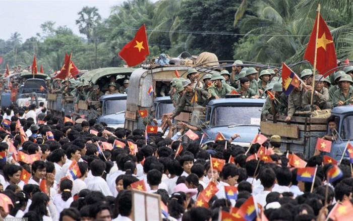"""""""Bộ đội nhà Phật"""" và tinh thần quốc tế cao cả"""