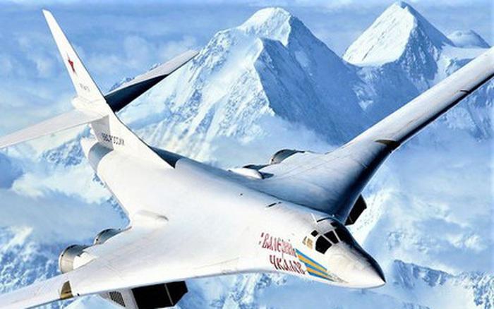 Thực hư vụ F-35 Mỹ không thể đuổi kịp Tu-160 Nga