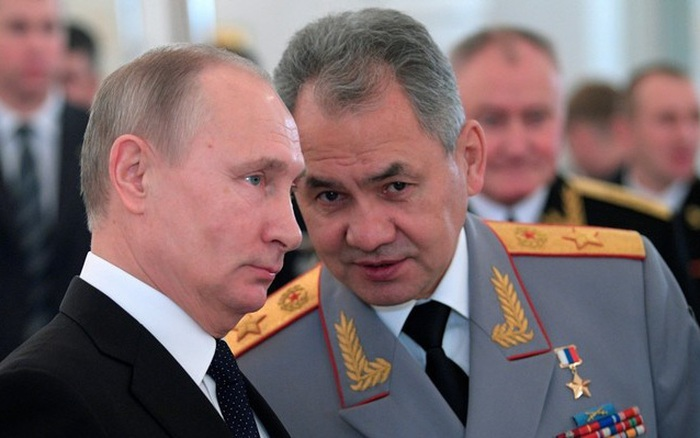 Ông Putin hé lộ vì sao Nga liên tục giảm ngân sách quốc phòng