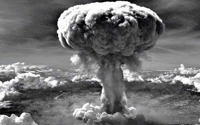 Vì sao Mỹ ném bom nguyên tử Hirosima và Nagasaki?
