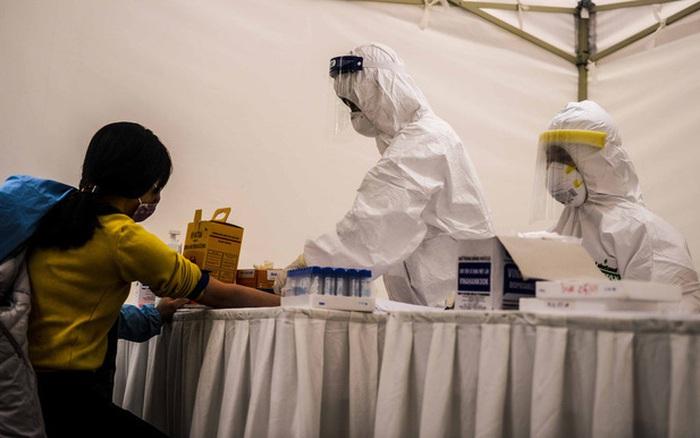 Hà Nội test nhanh cho 753 trường hợp, ghi nhận 3 test dương tính virus SARS-CoV-2