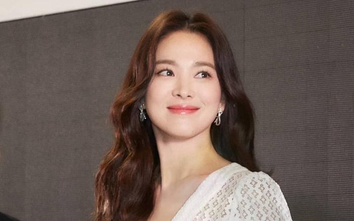 Giữa lúc rộ tin tái hợp Hyun Bin, Song Hye Kyo có động thái mới