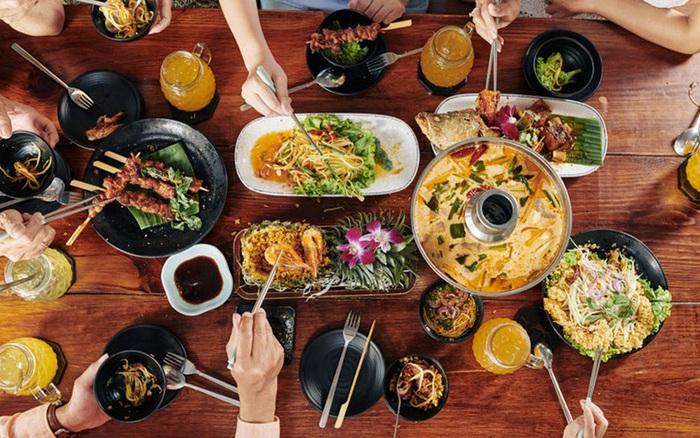 2 thói quen xấu tệ hại trong ăn uống nhiều người Việt mắc gây nhiều nguy cơ bệnh tật